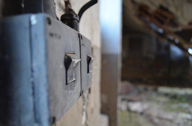 Vypínače a jejich spojení s praktickou i estetickou funkcí