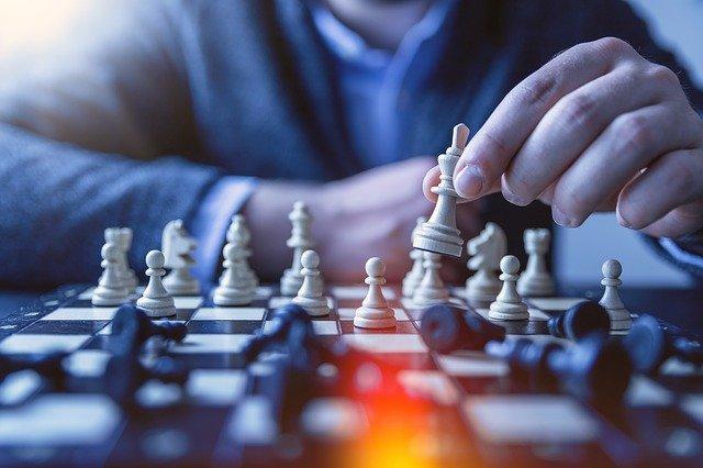 stolní šachy